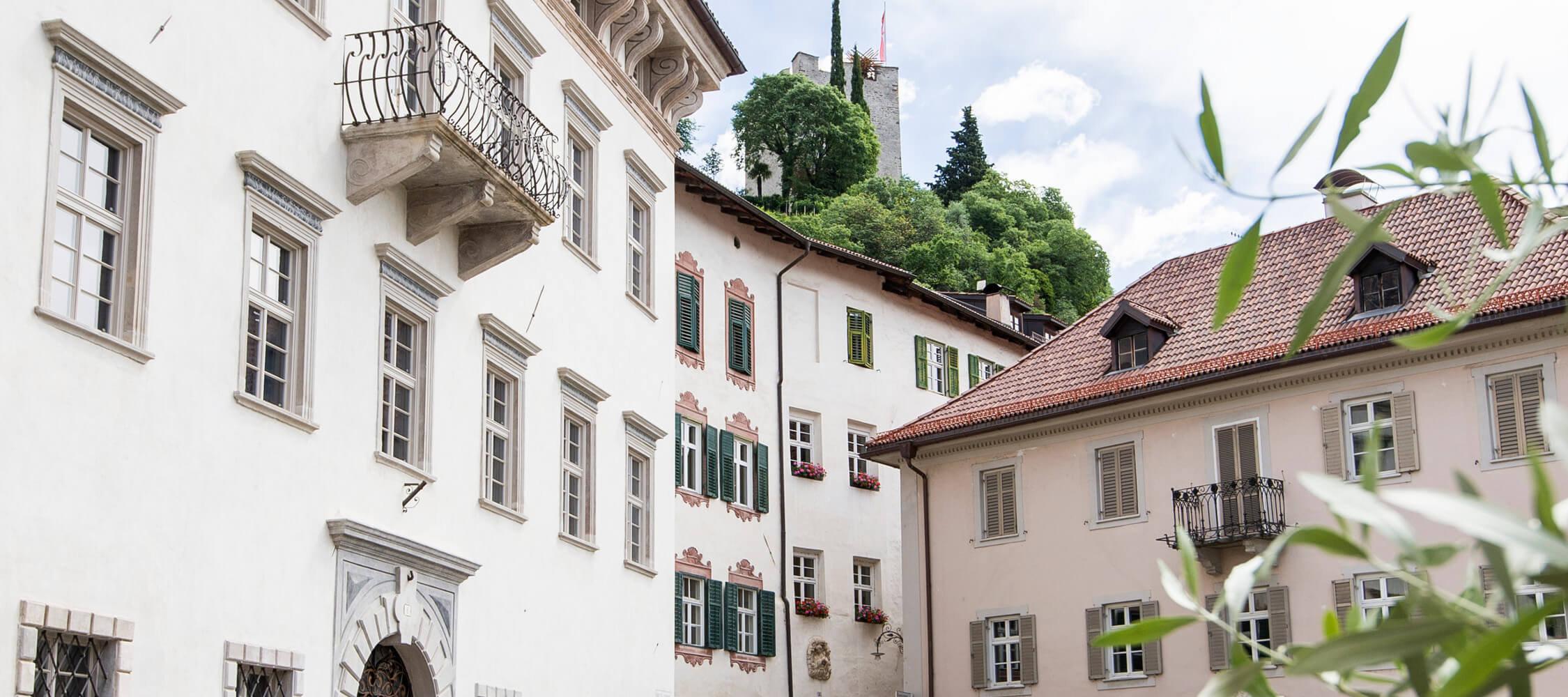 Italien-Trentino_Suedtirol_Alto_Adige_Merano_Meran_Besichtigen_Kultur_Altstadt_Steinach_Kurverwaltung-Alex Filz_mgm01176kume_2250x1000