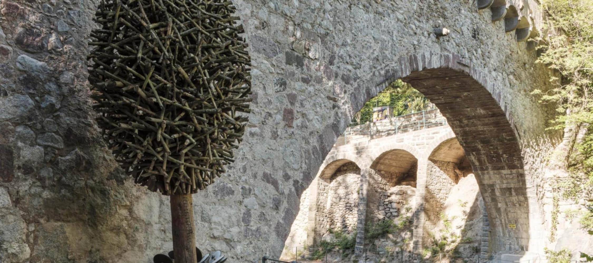 Italien-Trentino_Suedtirol_Alto_Adige_Merano_Meran_Natur_Gilfpromenade_art_Nature_Steinerner_Steg_DavidePerbellini_2250x1000