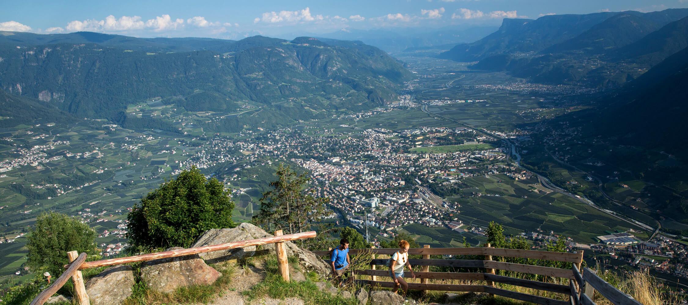 Italien-Trentino_Suedtirol_Alto_Adige_Merano_Meran_Natur_Sport_Sommer_Wandern_Berg_Hoehenweg_MGM-Damian-Lukas-Pertoll_mgm01227mgm_2250x1000