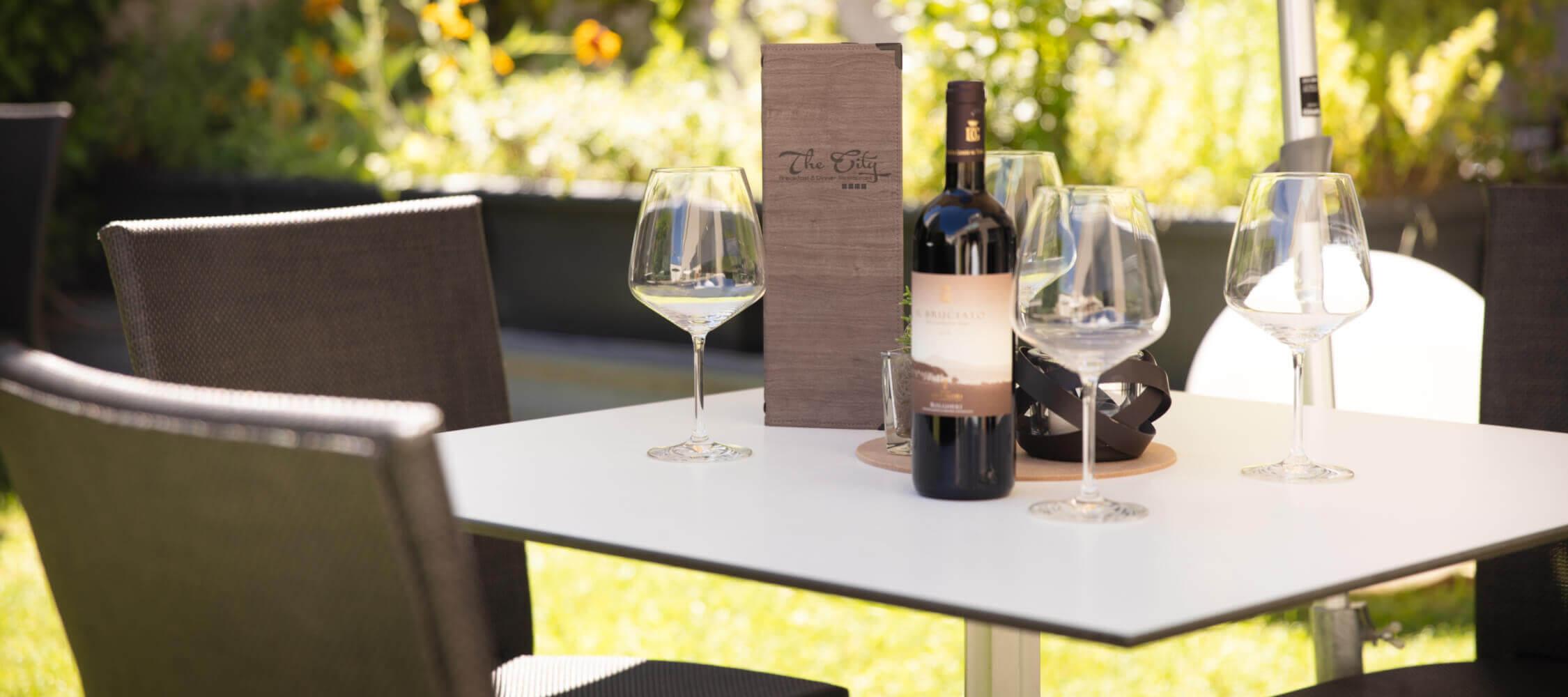 City_Hotel_Merano_Restaurant_City_Terrasse_BeatricePilotto_3T1A2148_2250x1000