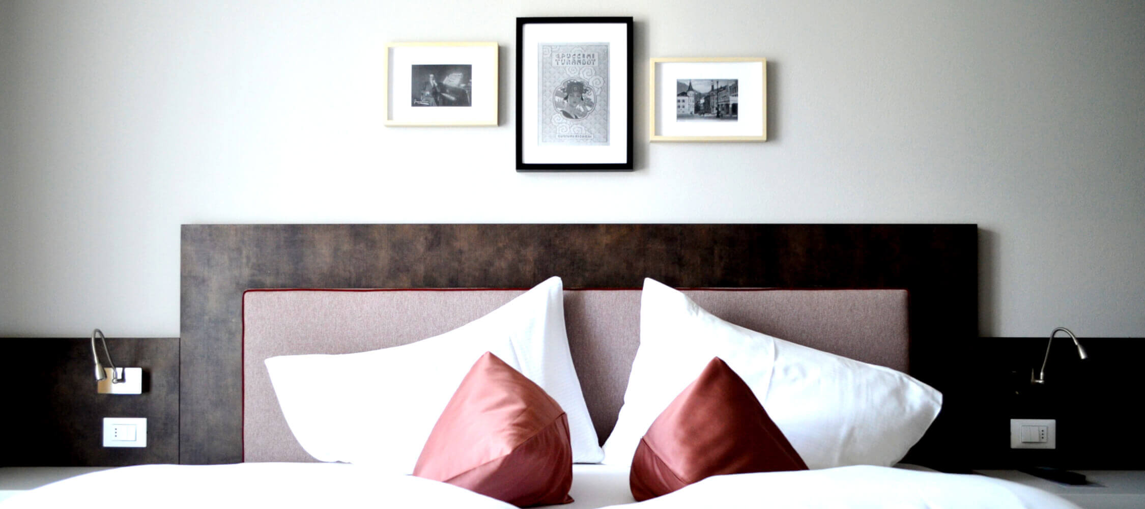 City_Hotel_Merano_Suite_Lifestyle_Schlafzimmer DSC_0580_2250x1000