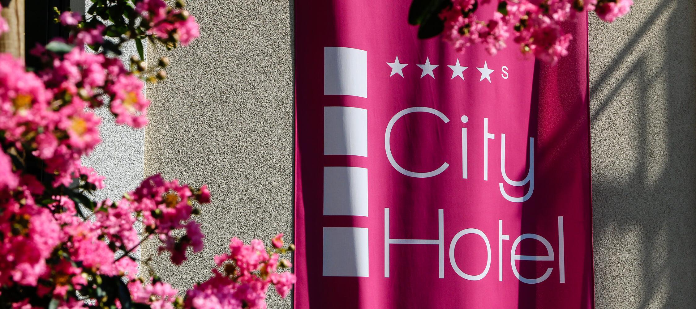City Hotel Meran, 4-Sterne superior, modern und trendy, wenige Gehminuten zur Altstadt Merans