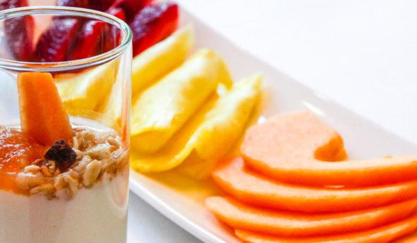 Ausgewogenes Frühstücksbuffet mit großer Auswahl. Auch laktosefreie Produkte! ©Anguane