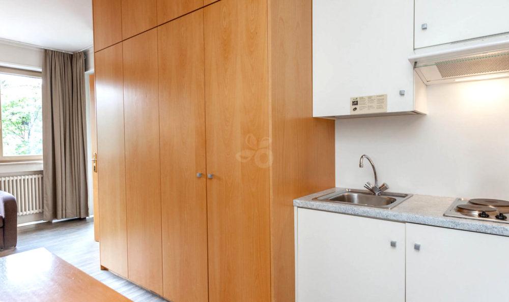 Küchenzeile im Zimmer