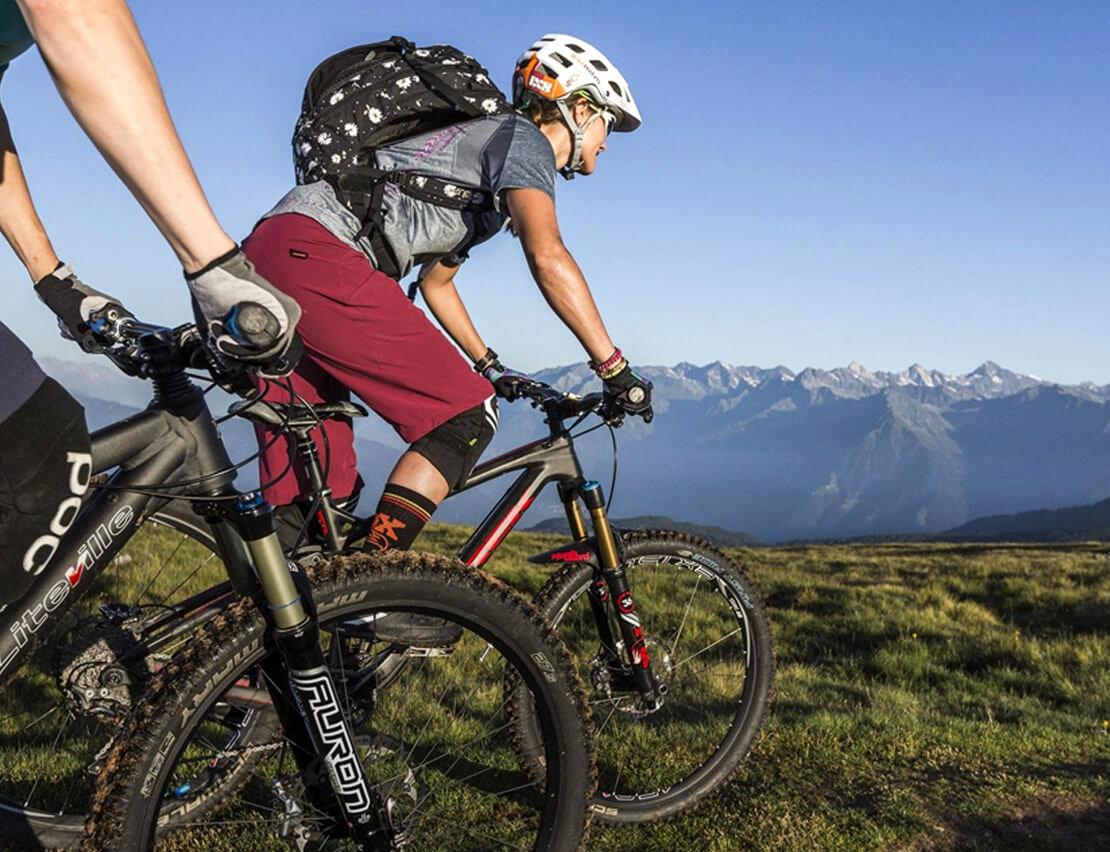 Italien-Trentino_Suedtirol_Alto_Adige_Merano_Meran_Sport_Fahrrad_Mountainbike_Berg_1110x852