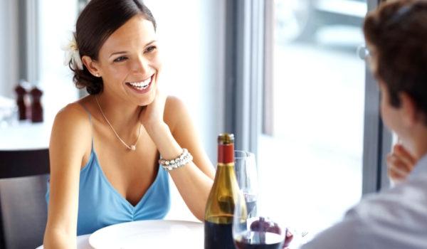 Stilvolles Ambiente für einen romantischen Abend zu zweit oder für Ihre Familienfeier. Raffinierte Küche: international oder traditionelle alpin-mediterrane Küche.