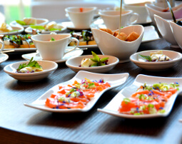 Restaurant_Tapas_Bar_The_Gallery_City_Hotel_Merano_Essen_Buffet_Fisch_Tapas_Antipasto_Vorspeise_Dinner_Abend_Menu_Demipress_DSC0908_255x202