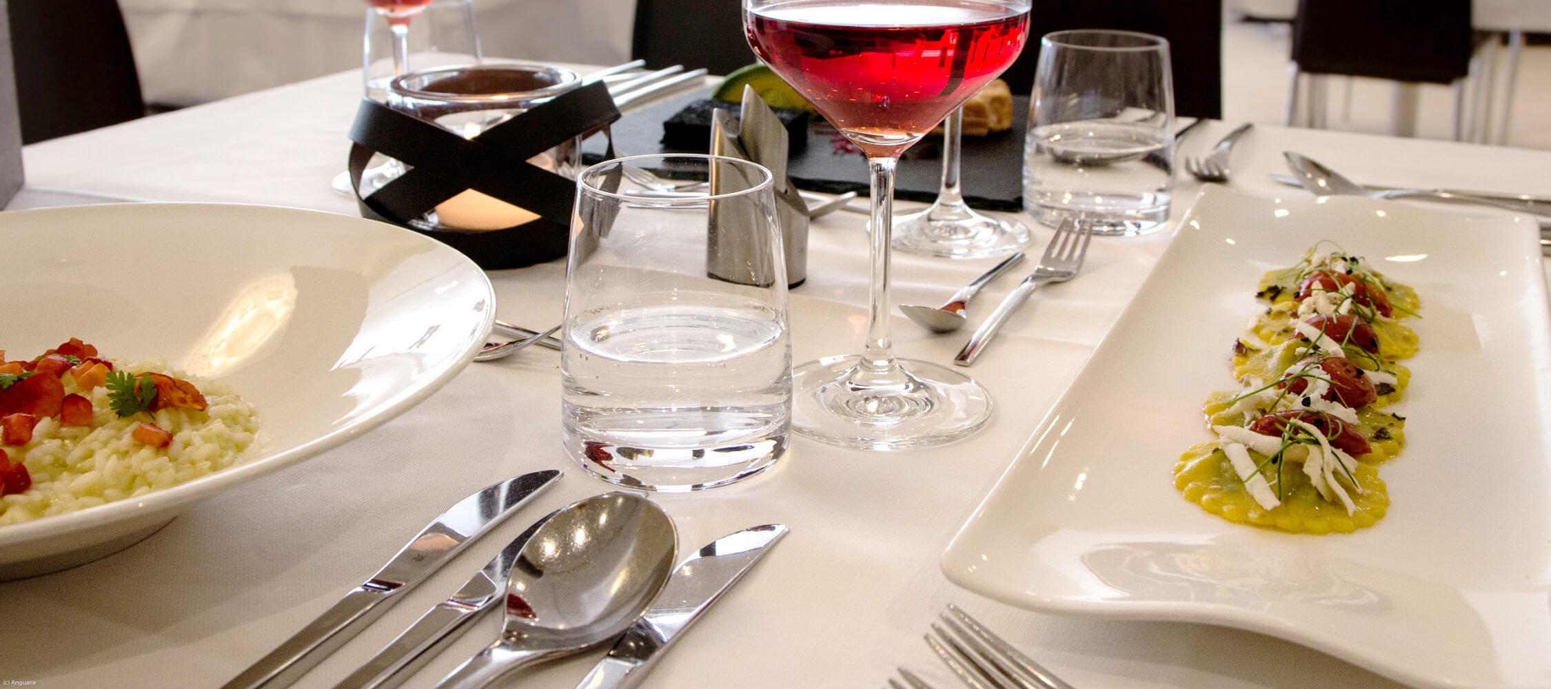 Restaurant, City Hotel Meran, modernes Ambiente, sehr feine Küche, harmonisch und raffiniert