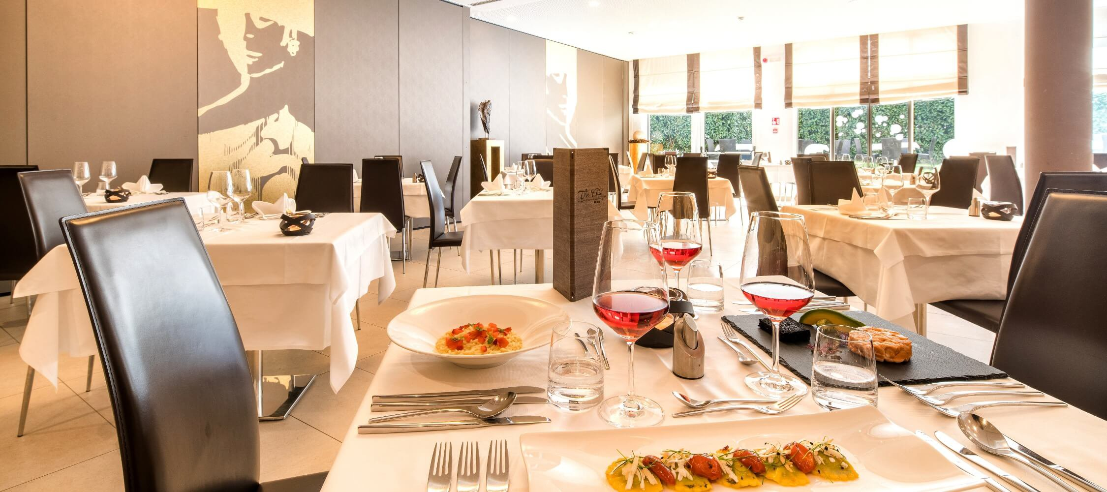 Ristorante Tapas Bar The Gallery City Hotel Merano, sala per 112 persone