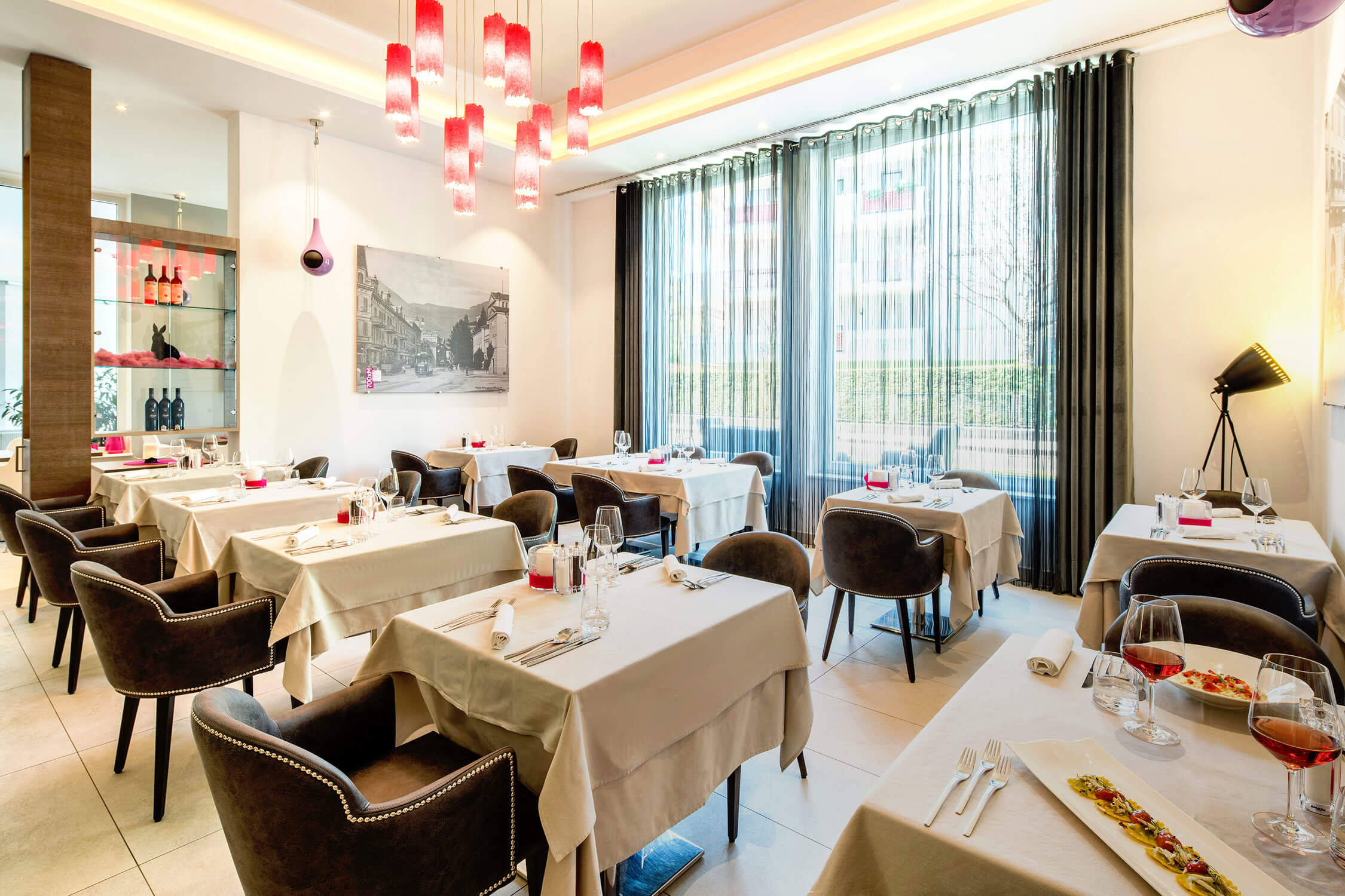 Restaurant The Gallery, Tapas Bar, City Hotel Merano, business lunch, menu, aperitif