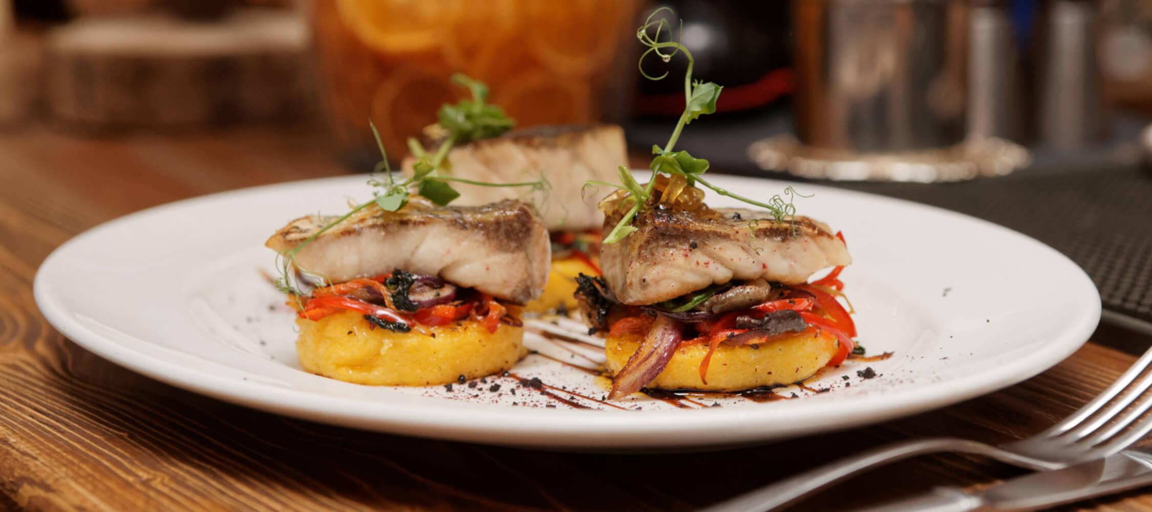City_Hotel_Merano_Restaurant_City_Dinner_Main_Fisch_183999934_2250x1000