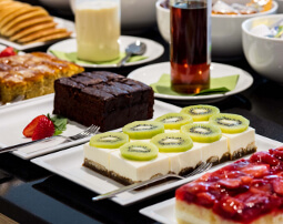 Hotel Flora, Merano, 3 stars Hotel, breakfast buffet, quality products from the region