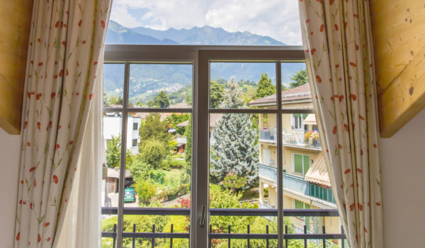 Hotel Villa Laurus Merano - 3 stars - with its 40 cozy rooms, the Villa Laurus is a true retreat in the heart of Merano's district of villas © Anguane