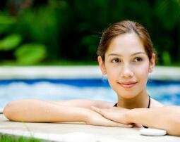 Hotel-Villa-Laurus-Merano-Wellness-Garten-Pool-Detail-23268892_L-255x202