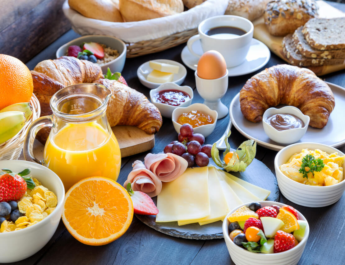 Hotel Villa Laurus Meran - 3 stars - the varied breakfast buffet