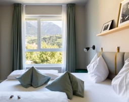 City_Hotel_Merano_Suite_City_2_Raum_Schlafzimmer_BeatricePilotto_3T1A1830_255x202