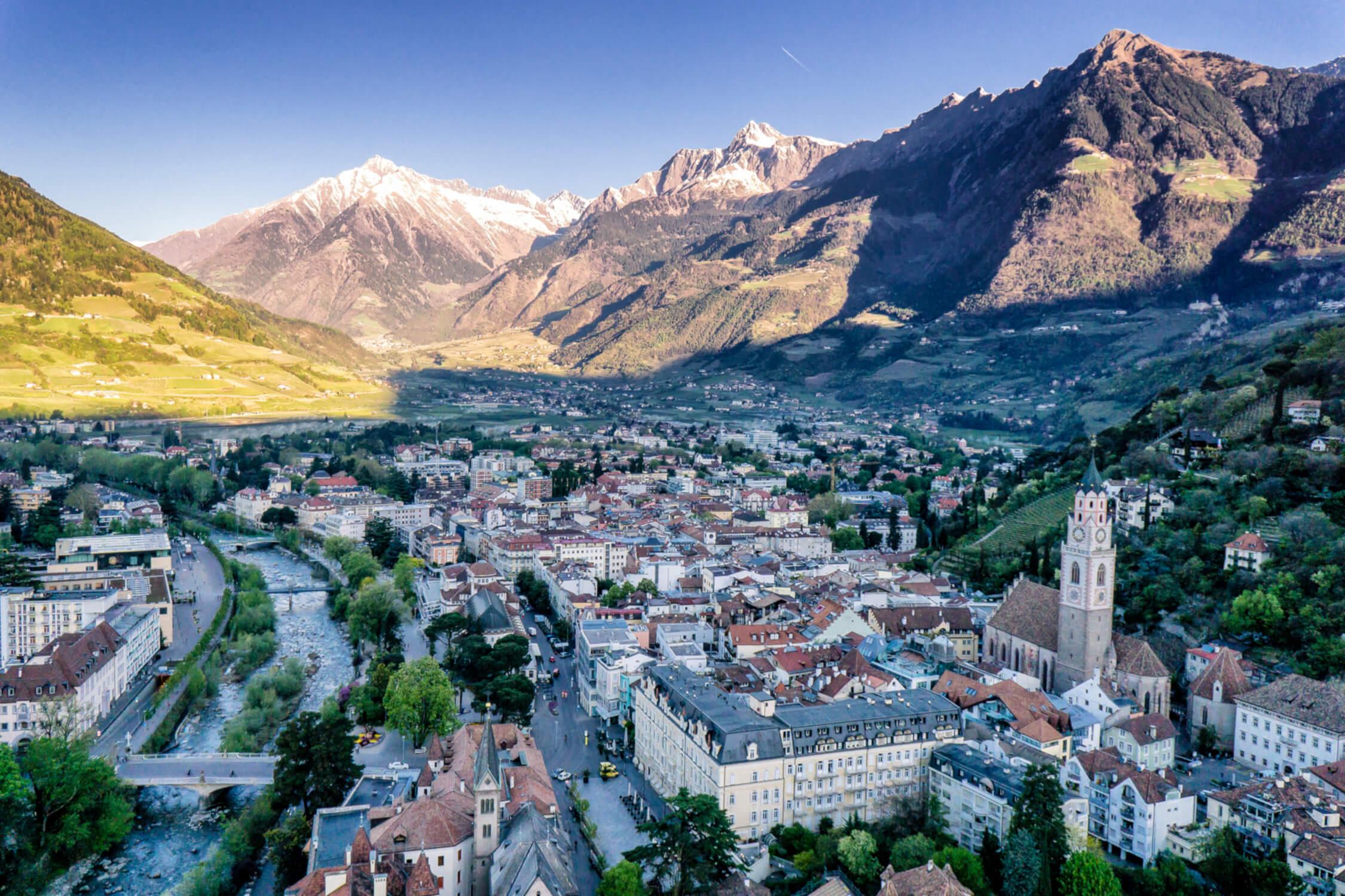 Panorama über die Meraner Altstadt, Südtirol, Italien © Kurverwaltung Meran Gigi Sommese